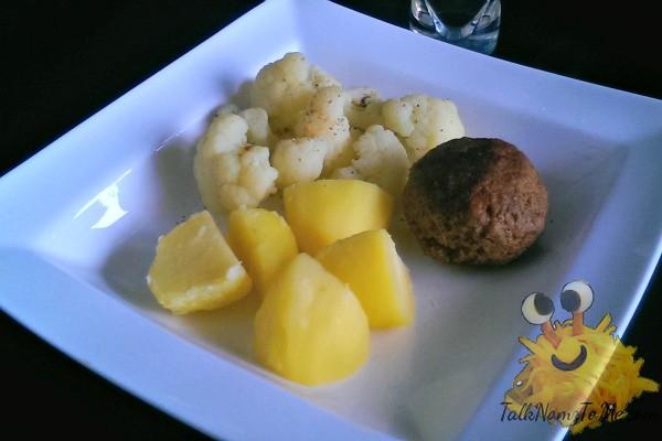 Linda en Sergio's aardappelen bloemkool gehaktbal